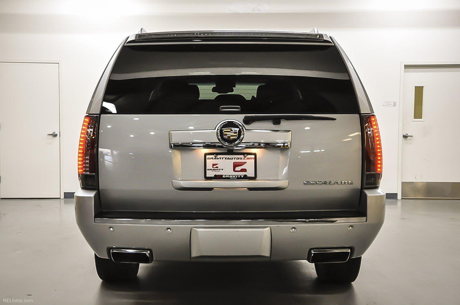 cadillac strongauto specs and photos escalade
