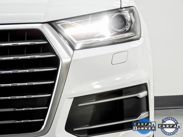 Used 2017 Audi Q7 3.0T Premium Plus for sale $27,585 at Gravity Autos in Roswell GA 30076 4
