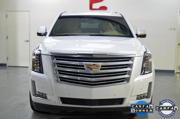 Used 2019 Cadillac Escalade ESV Platinum Edition for sale $66,965 at Gravity Autos in Roswell GA 30076 2