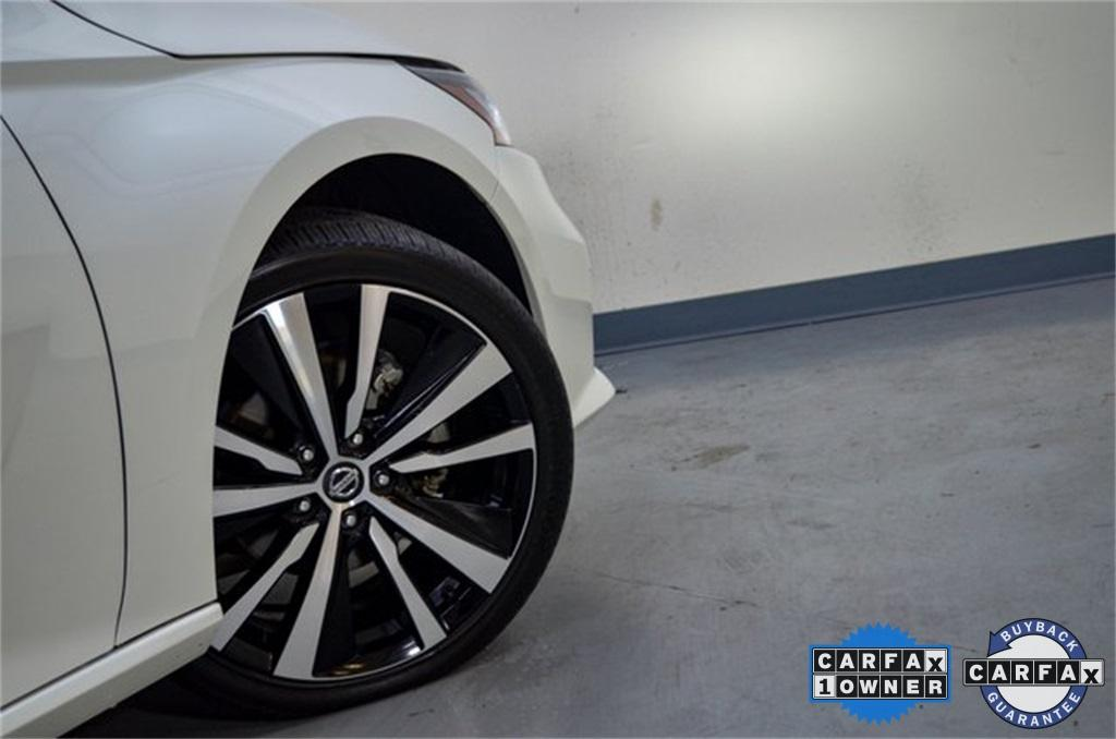 Used 2019 Nissan Altima 2.5 Platinum for sale Sold at Gravity Autos Marietta in Marietta GA 30060 18