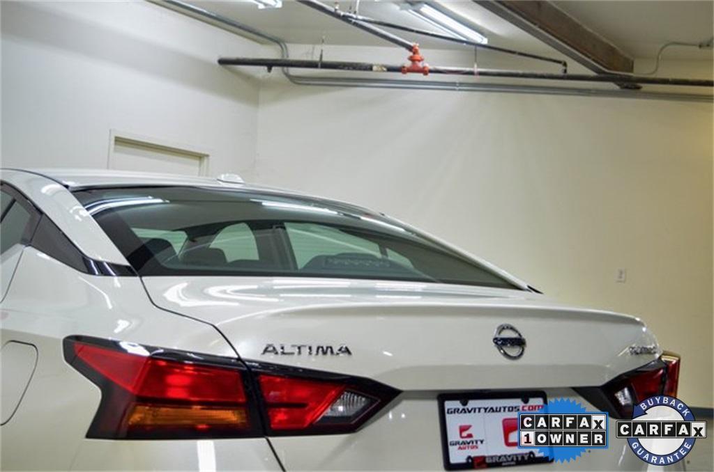 Used 2019 Nissan Altima 2.5 Platinum for sale Sold at Gravity Autos Marietta in Marietta GA 30060 8
