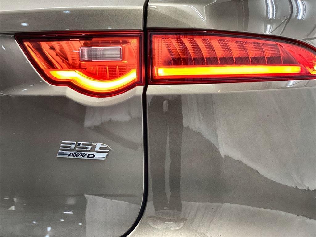 Used 2017 Jaguar F-PACE 35t Premium for sale Sold at Gravity Autos Marietta in Marietta GA 30060 12
