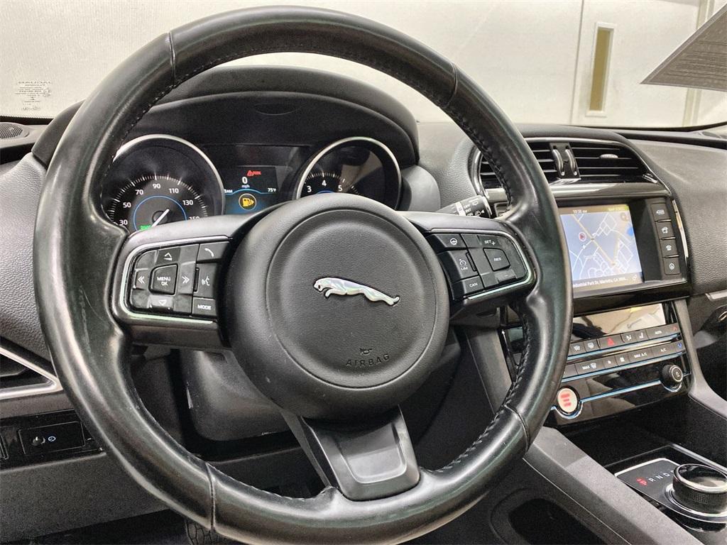 Used 2017 Jaguar F-PACE 35t Premium for sale Sold at Gravity Autos Marietta in Marietta GA 30060 23