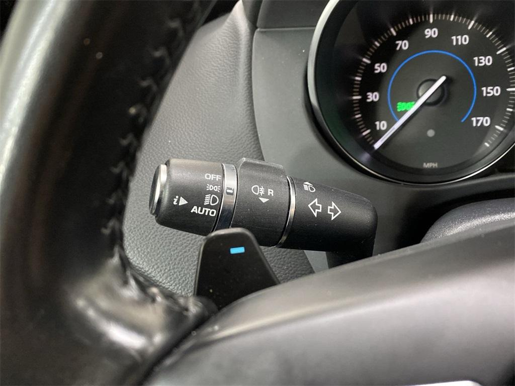 Used 2017 Jaguar F-PACE 35t Premium for sale Sold at Gravity Autos Marietta in Marietta GA 30060 27