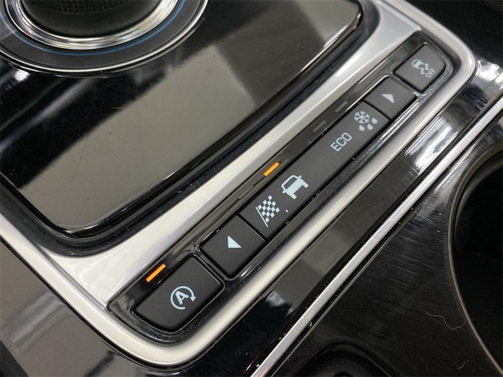Used 2017 Jaguar F-PACE 35t Premium for sale Sold at Gravity Autos Marietta in Marietta GA 30060 36