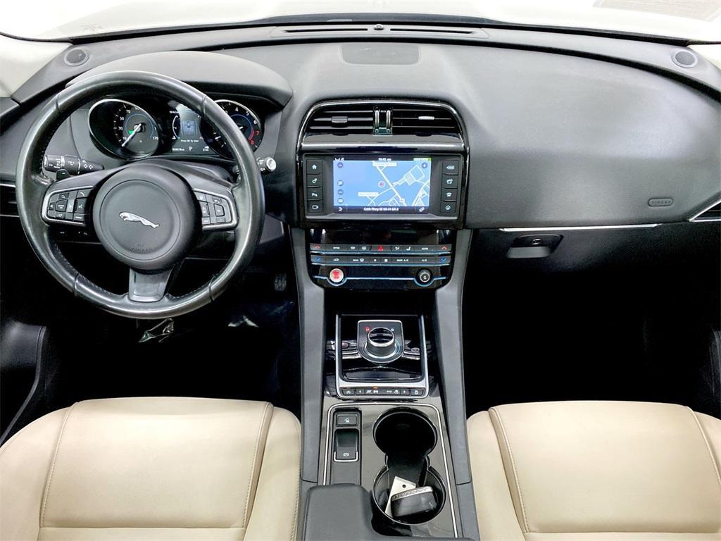 Used 2017 Jaguar F-PACE 35t Premium for sale Sold at Gravity Autos Marietta in Marietta GA 30060 40