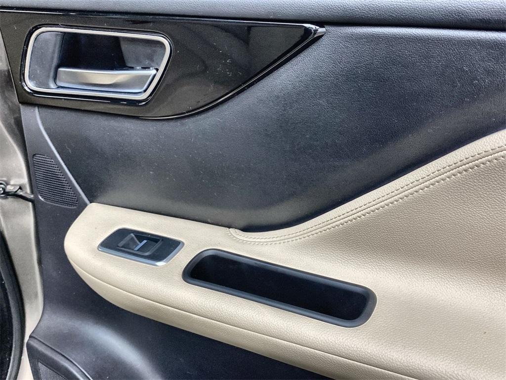 Used 2017 Jaguar F-PACE 35t Premium for sale Sold at Gravity Autos Marietta in Marietta GA 30060 42