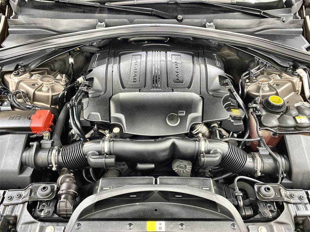 Used 2017 Jaguar F-PACE 35t Premium for sale Sold at Gravity Autos Marietta in Marietta GA 30060 46