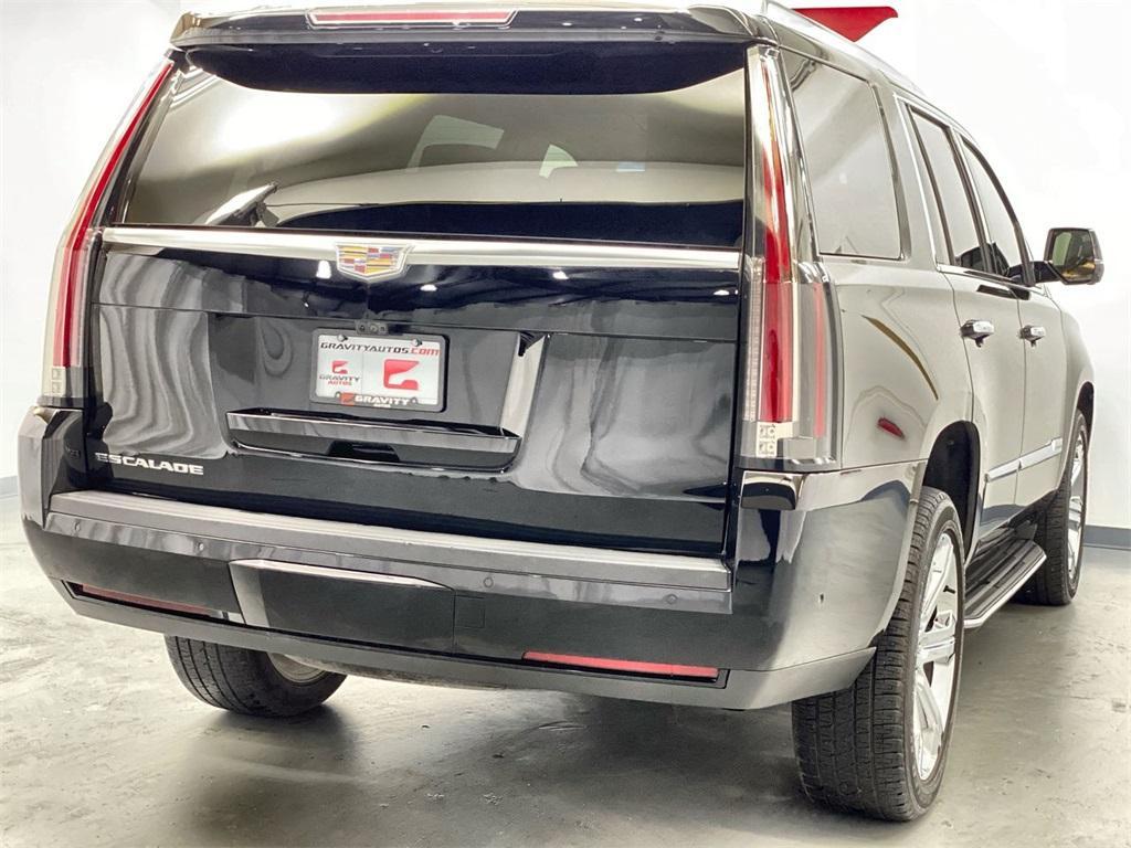 Used 2017 Cadillac Escalade Luxury for sale Sold at Gravity Autos Marietta in Marietta GA 30060 8