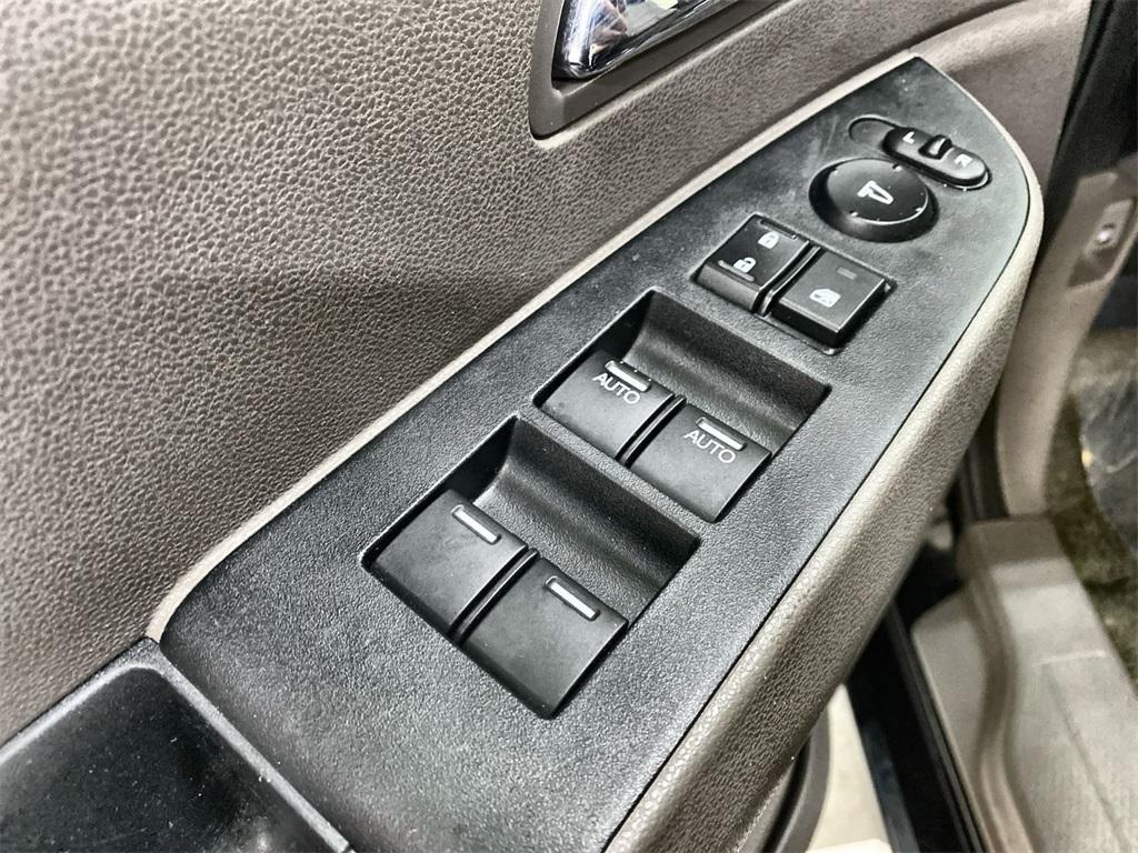 Used 2015 Honda Odyssey Touring Elite for sale Sold at Gravity Autos Marietta in Marietta GA 30060 21