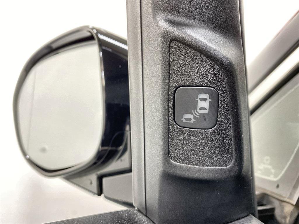 Used 2015 Honda Odyssey Touring Elite for sale Sold at Gravity Autos Marietta in Marietta GA 30060 22