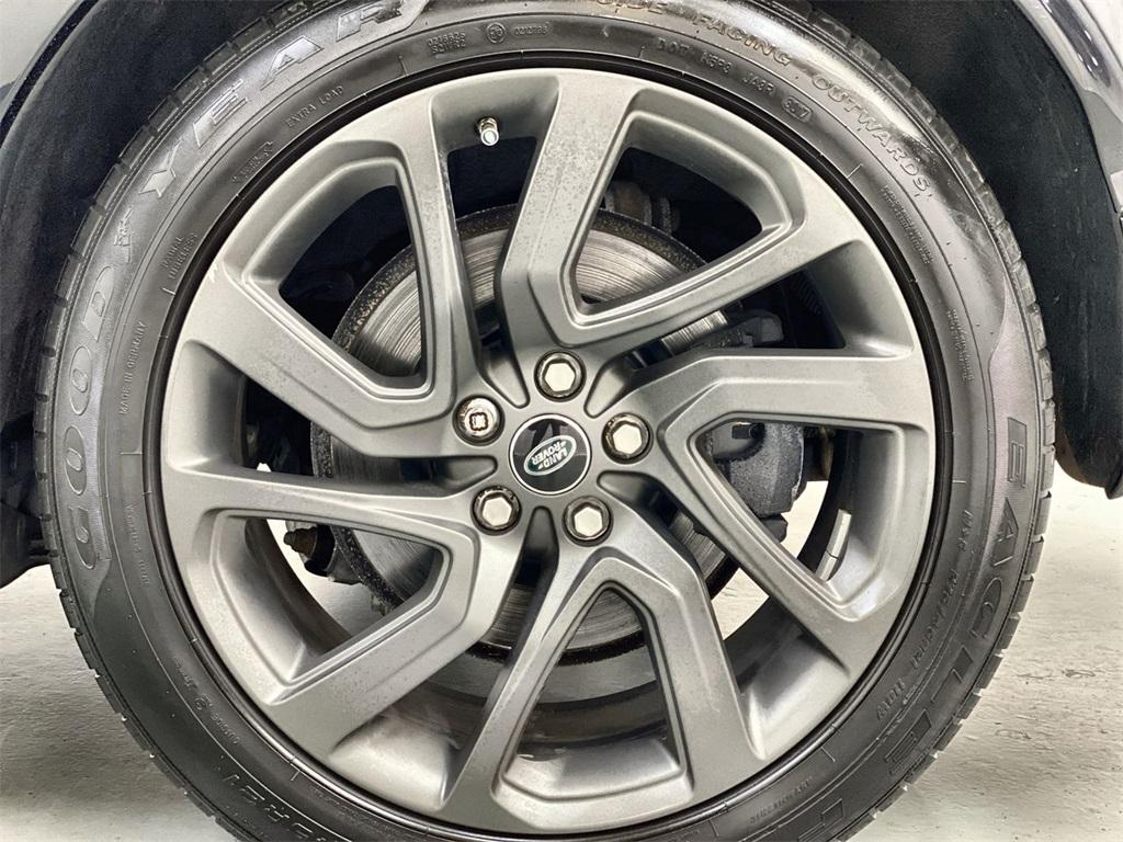 Used 2017 Land Rover Discovery HSE for sale Sold at Gravity Autos Marietta in Marietta GA 30060 16