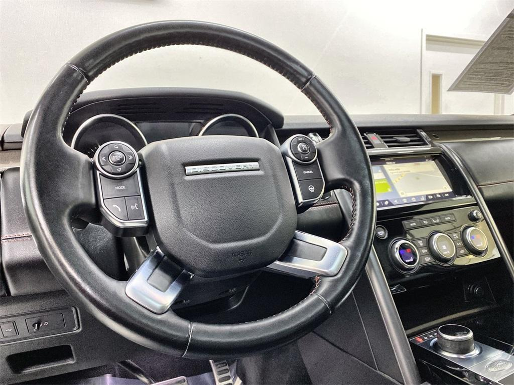 Used 2017 Land Rover Discovery HSE for sale Sold at Gravity Autos Marietta in Marietta GA 30060 24