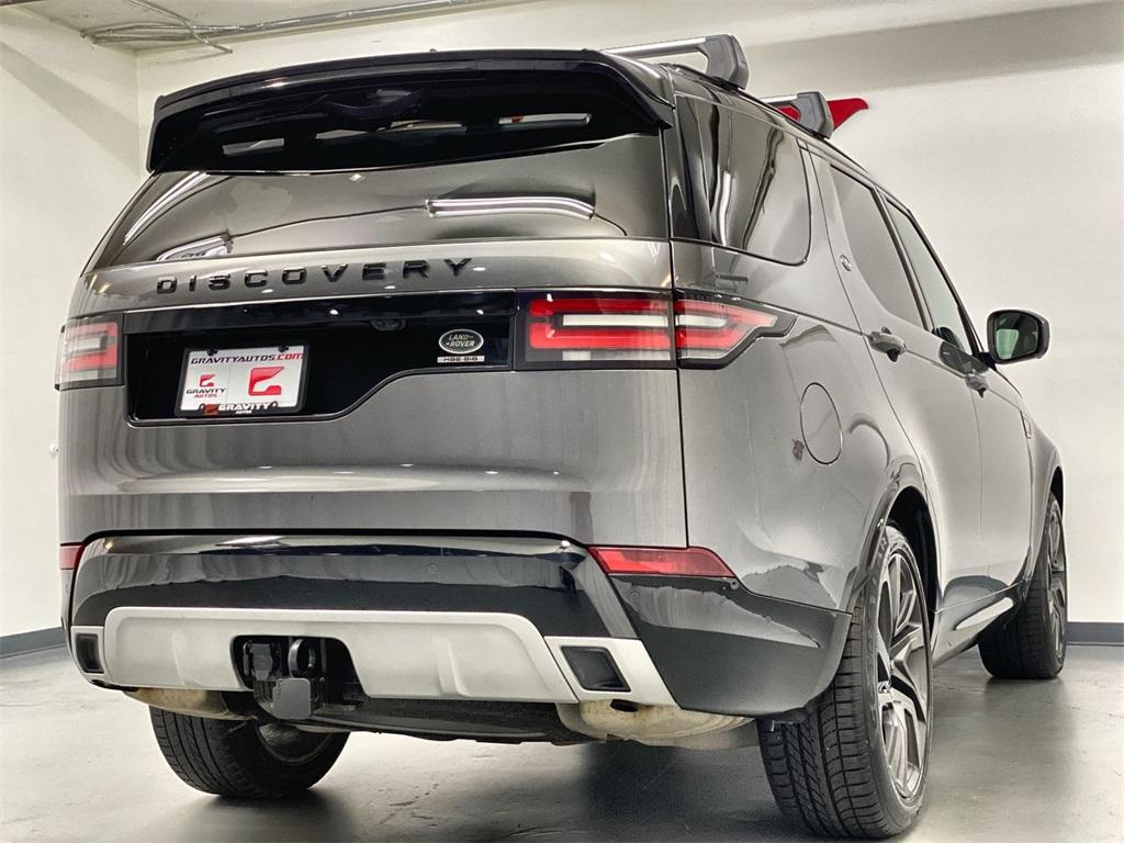 Used 2017 Land Rover Discovery HSE for sale Sold at Gravity Autos Marietta in Marietta GA 30060 8