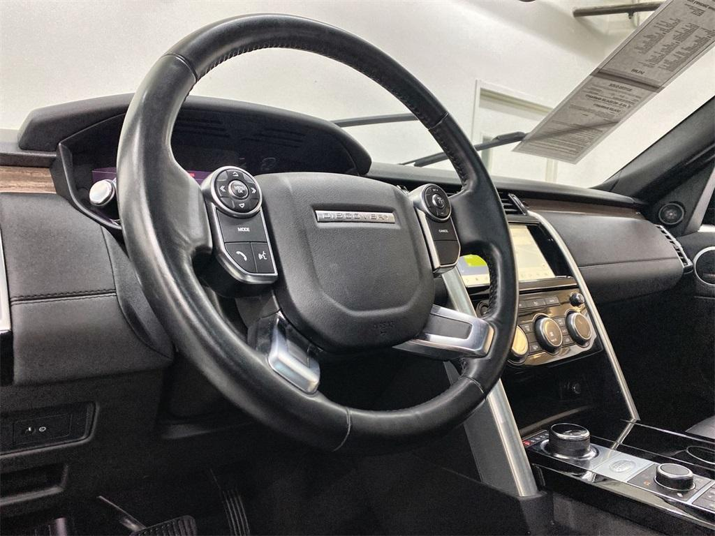 Used 2018 Land Rover Discovery HSE for sale $40,444 at Gravity Autos Marietta in Marietta GA 30060 23