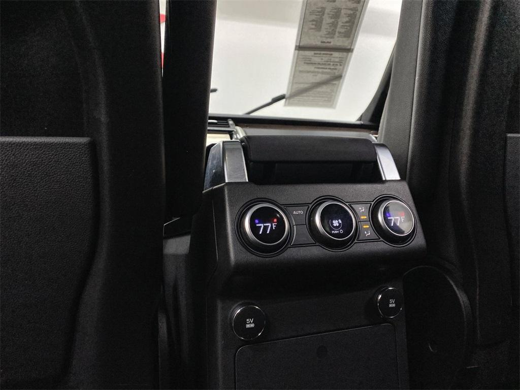Used 2018 Land Rover Discovery HSE for sale $40,444 at Gravity Autos Marietta in Marietta GA 30060 40