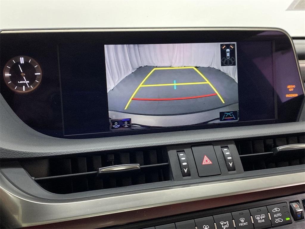 Used 2019 Lexus ES 350 F Sport for sale $38,949 at Gravity Autos Marietta in Marietta GA 30060 33