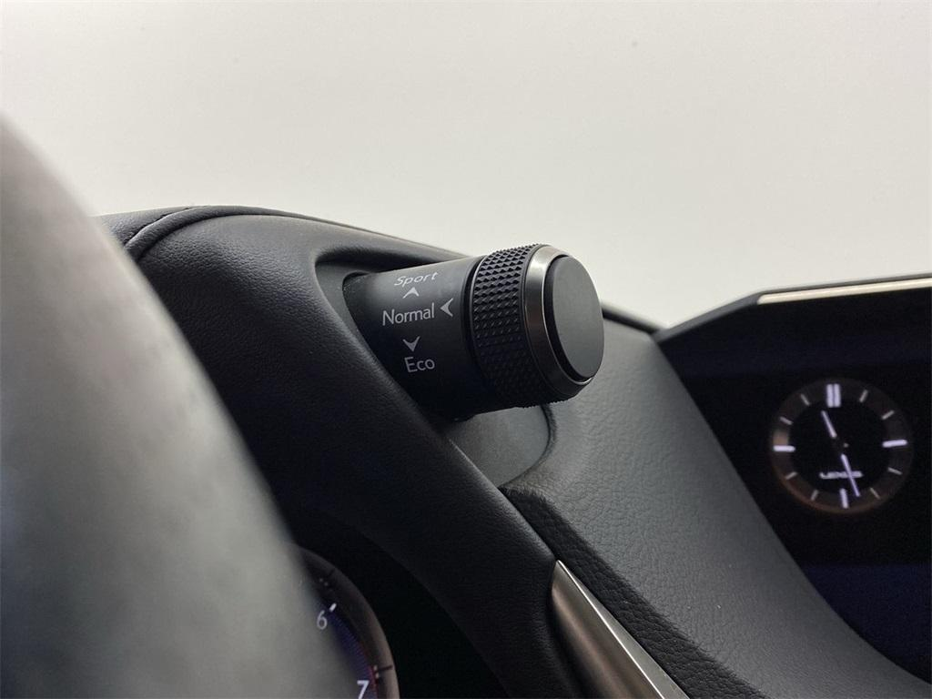 Used 2019 Lexus ES 350 F Sport for sale $38,949 at Gravity Autos Marietta in Marietta GA 30060 39