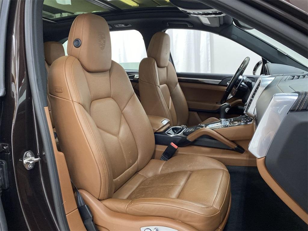 Used 2017 Porsche Cayenne Platinum Edition for sale $48,999 at Gravity Autos Marietta in Marietta GA 30060 18