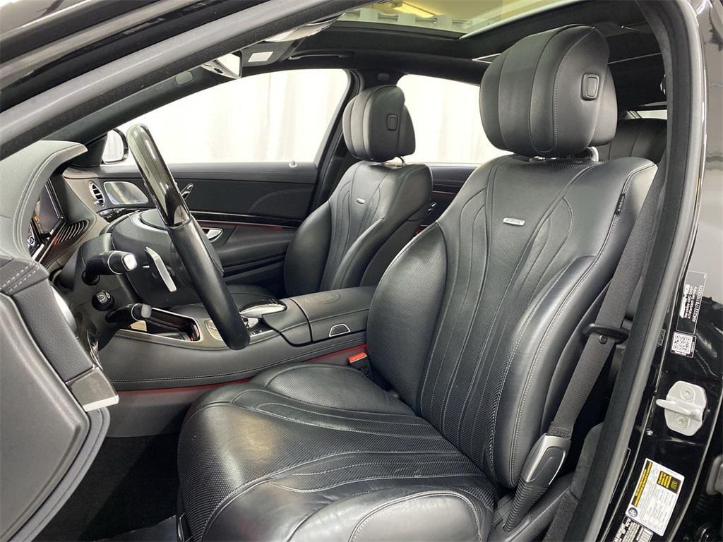 Used 2015 Mercedes-Benz S-Class S 63 AMG for sale $72,888 at Gravity Autos Marietta in Marietta GA 30060 17