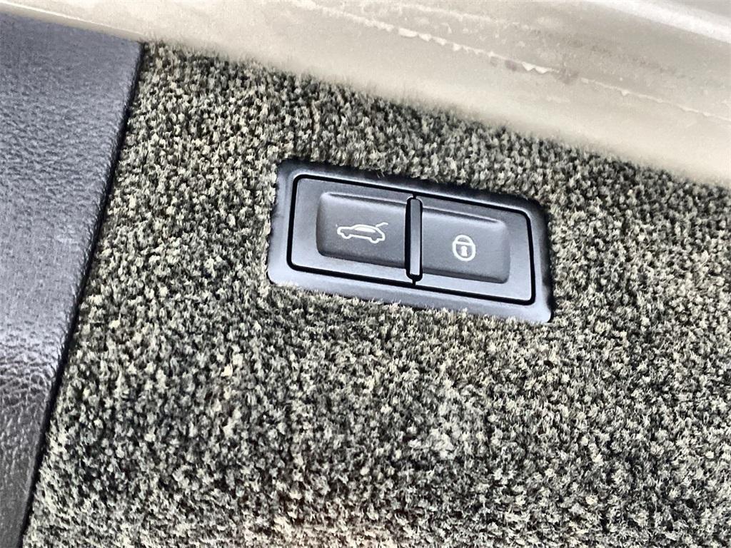 Used 2017 Bentley Bentayga W12 for sale $138,499 at Gravity Autos Marietta in Marietta GA 30060 48