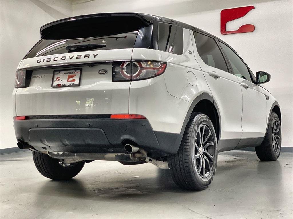 Used 2016 Land Rover Discovery Sport SE for sale Sold at Gravity Autos Marietta in Marietta GA 30060 9
