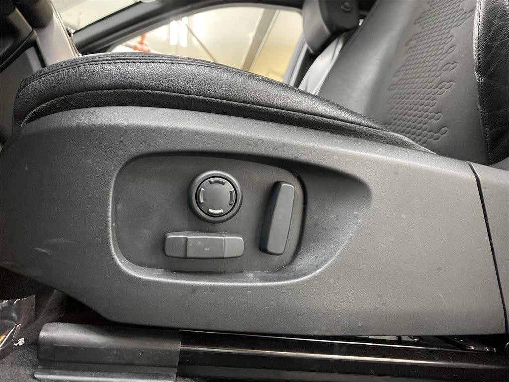 Used 2018 Land Rover Discovery Sport SE for sale $29,554 at Gravity Autos Marietta in Marietta GA 30060 16