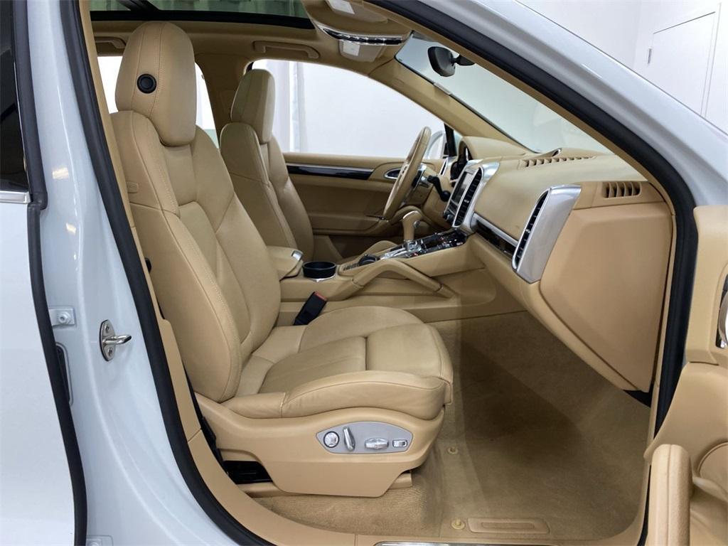 Used 2016 Porsche Cayenne Base for sale Sold at Gravity Autos Marietta in Marietta GA 30060 11