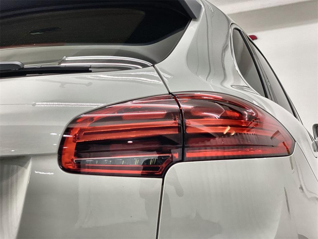 Used 2016 Porsche Cayenne Base for sale Sold at Gravity Autos Marietta in Marietta GA 30060 13