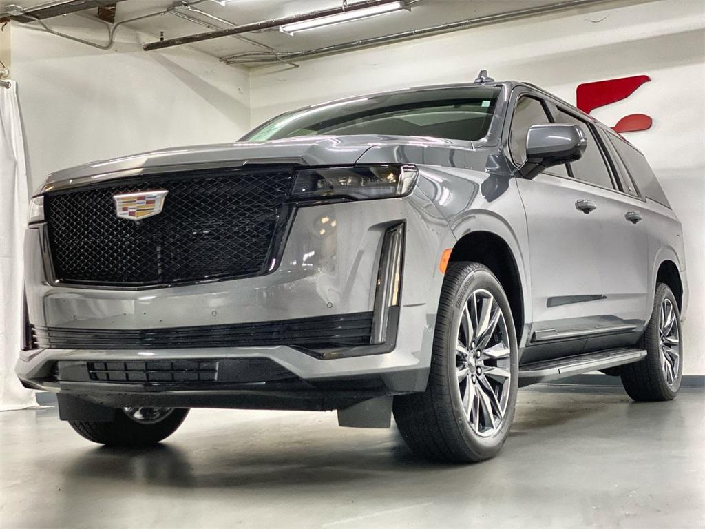 Used 2021 Cadillac Escalade ESV Sport for sale $107,777 at Gravity Autos Marietta in Marietta GA 30060 5