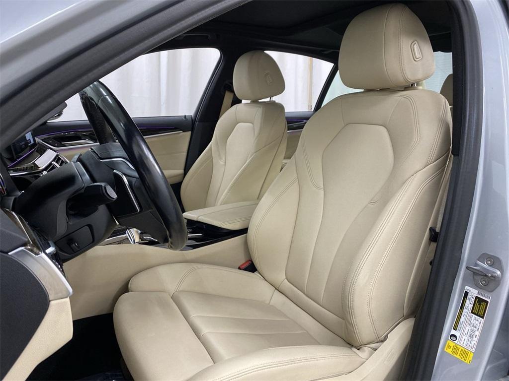 Used 2018 BMW 5 Series 530i for sale $32,222 at Gravity Autos Marietta in Marietta GA 30060 15