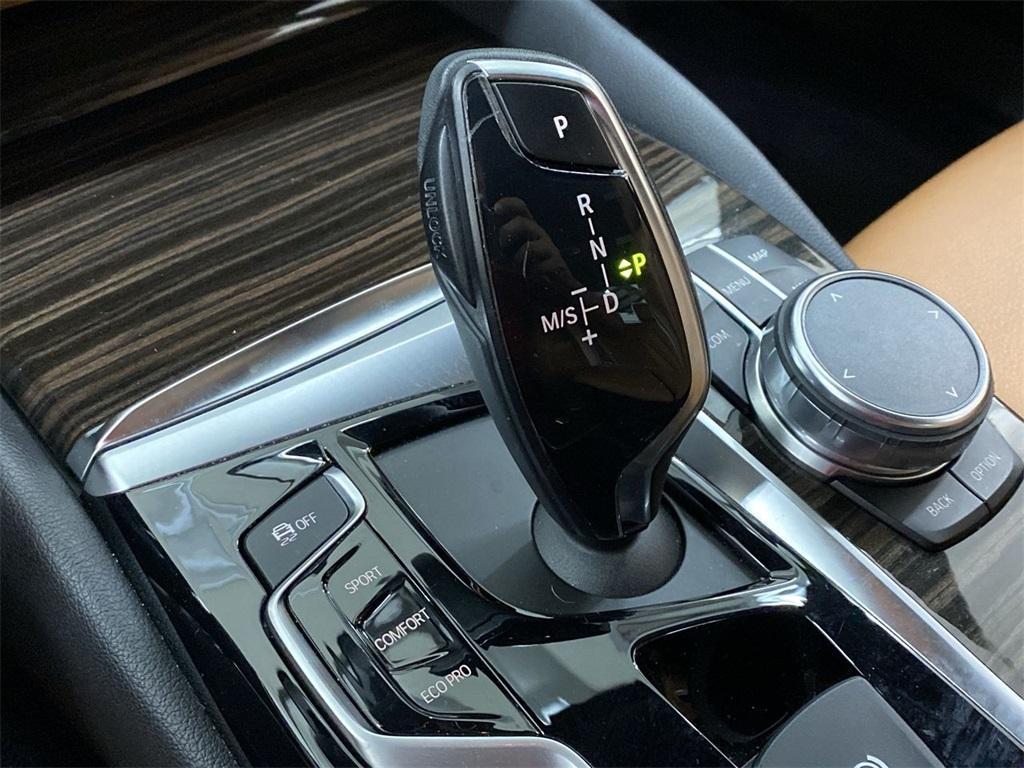 Used 2018 BMW 5 Series 530i for sale Sold at Gravity Autos Marietta in Marietta GA 30060 32