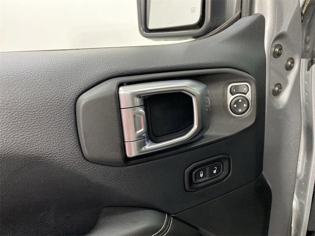 Used 2018 Jeep Wrangler Unlimited Sahara for sale $42,444 at Gravity Autos Marietta in Marietta GA 30060 17