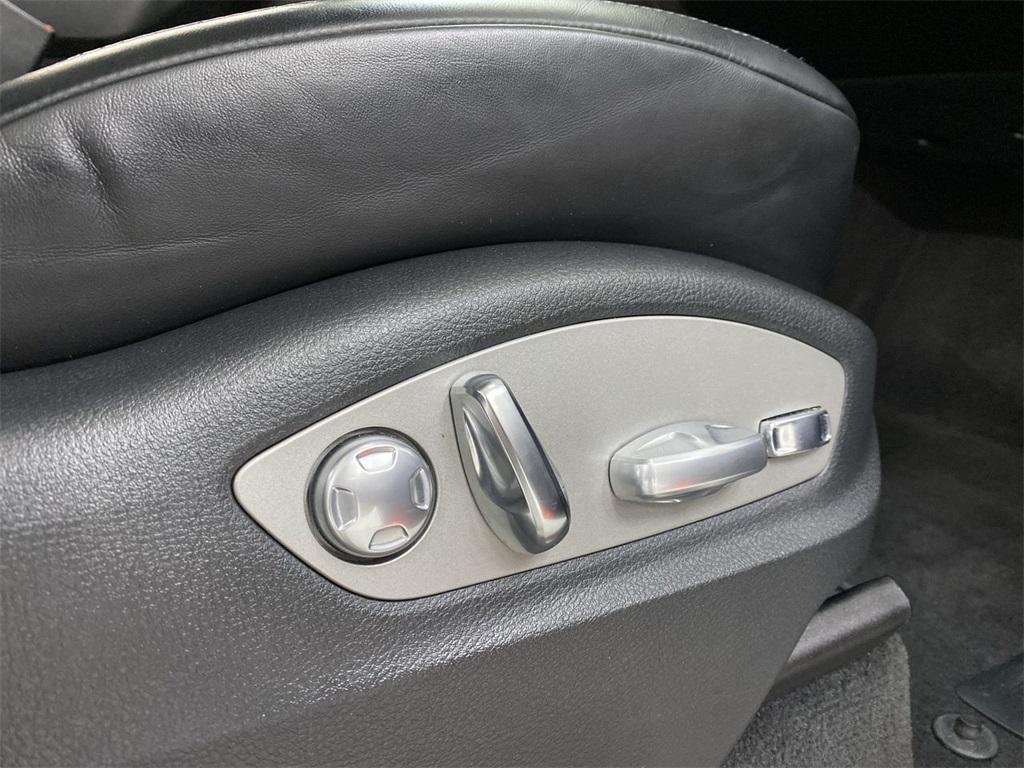 Used 2017 Porsche Cayenne Platinum Edition for sale $46,888 at Gravity Autos Marietta in Marietta GA 30060 18