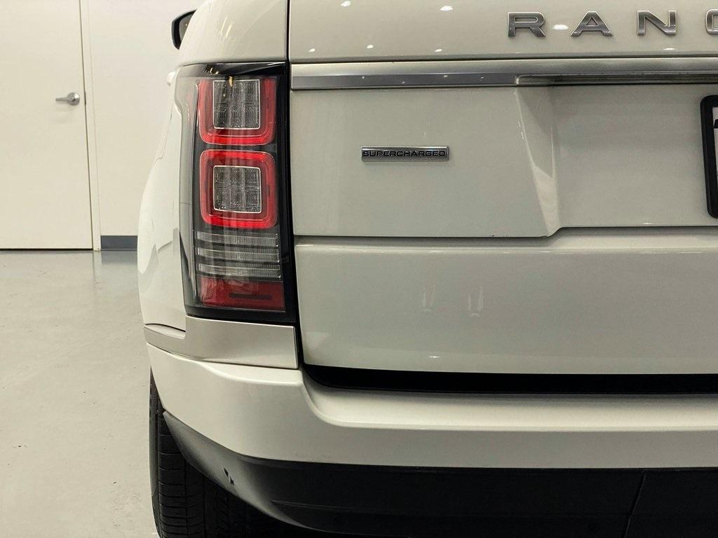 Used 2016 Land Rover Range Rover 5.0L V8 Supercharged for sale Sold at Gravity Autos Marietta in Marietta GA 30060 11