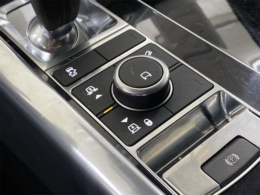 Used 2018 Land Rover Range Rover Sport HSE for sale $61,988 at Gravity Autos Marietta in Marietta GA 30060 53