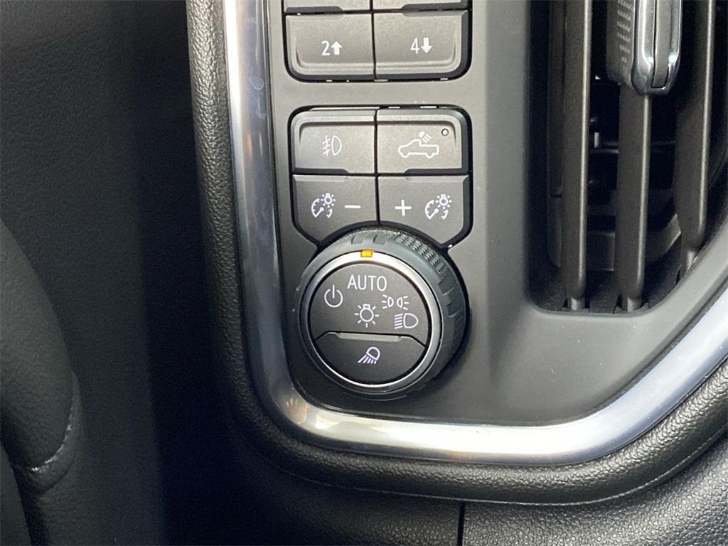 Used 2019 Chevrolet Silverado 1500 High Country for sale $54,998 at Gravity Autos Marietta in Marietta GA 30060 31