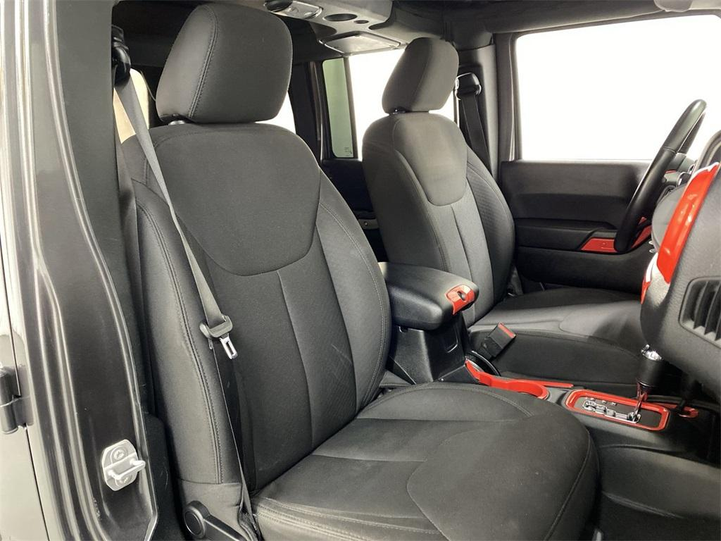 Used 2018 Jeep Wrangler JK Unlimited Sport for sale $34,476 at Gravity Autos Marietta in Marietta GA 30060 14