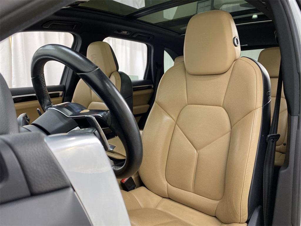 Used 2018 Porsche Cayenne Platinum Edition for sale $49,998 at Gravity Autos Marietta in Marietta GA 30060 10