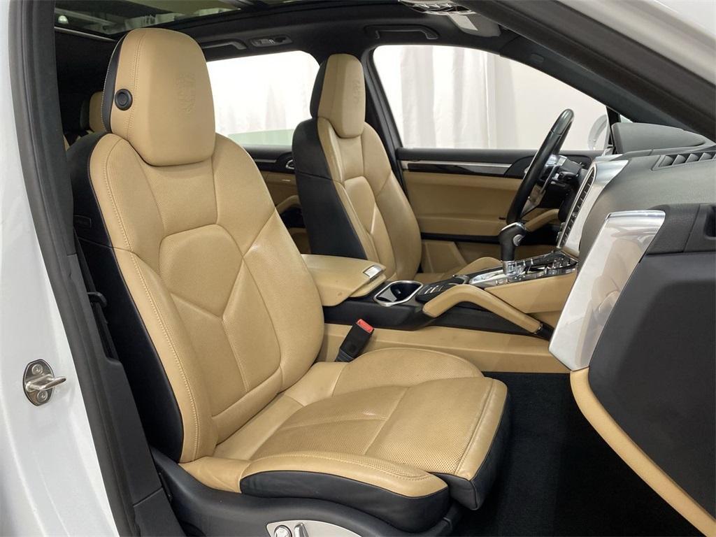 Used 2018 Porsche Cayenne Platinum Edition for sale $49,998 at Gravity Autos Marietta in Marietta GA 30060 11