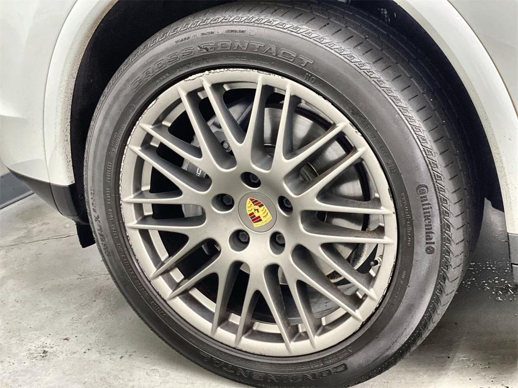 Used 2018 Porsche Cayenne Platinum Edition for sale $49,998 at Gravity Autos Marietta in Marietta GA 30060 17