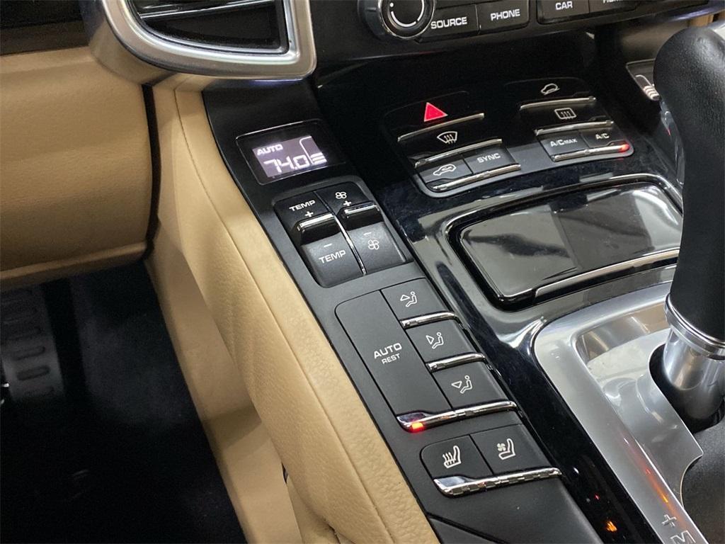 Used 2018 Porsche Cayenne Platinum Edition for sale $49,998 at Gravity Autos Marietta in Marietta GA 30060 36