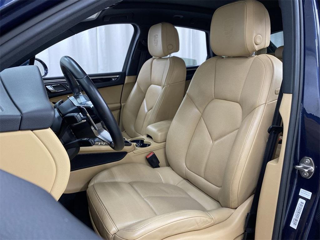 Used 2017 Porsche Macan Base for sale $35,555 at Gravity Autos Marietta in Marietta GA 30060 15