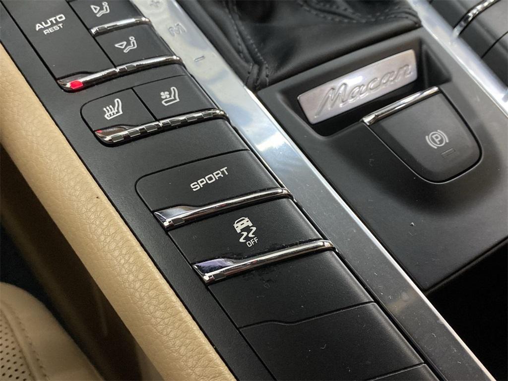 Used 2017 Porsche Macan Base for sale $35,555 at Gravity Autos Marietta in Marietta GA 30060 39