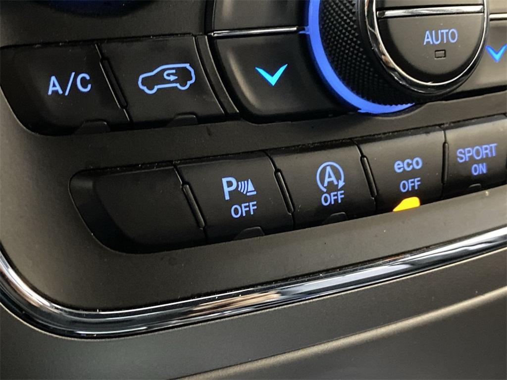 Used 2018 Jeep Grand Cherokee Laredo for sale $29,496 at Gravity Autos Marietta in Marietta GA 30060 25