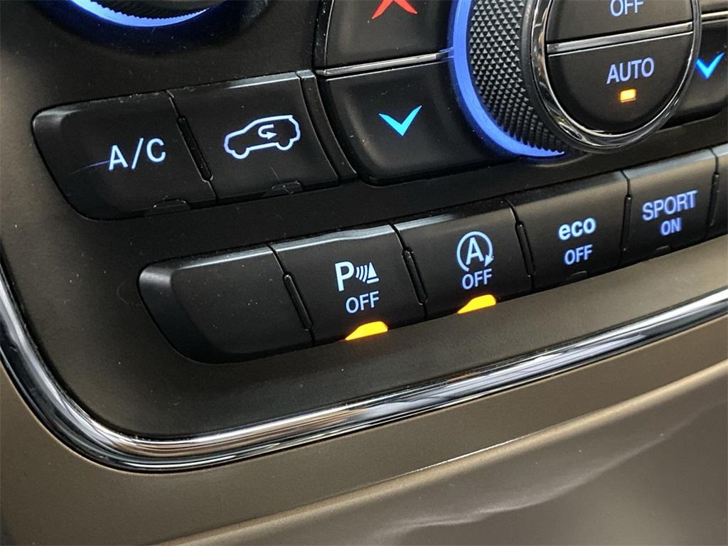 Used 2016 Jeep Grand Cherokee Limited for sale $24,998 at Gravity Autos Marietta in Marietta GA 30060 27