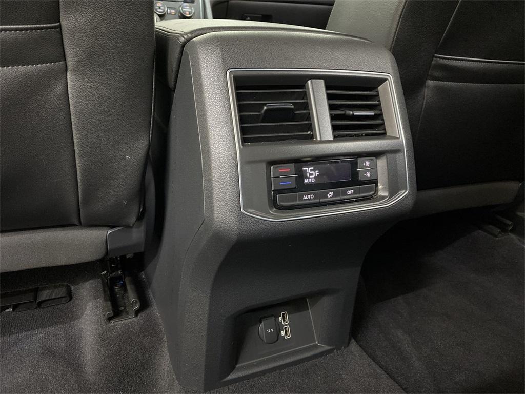 Used 2018 Volkswagen Atlas 3.6L V6 SE w/Technology for sale $31,444 at Gravity Autos Marietta in Marietta GA 30060 40