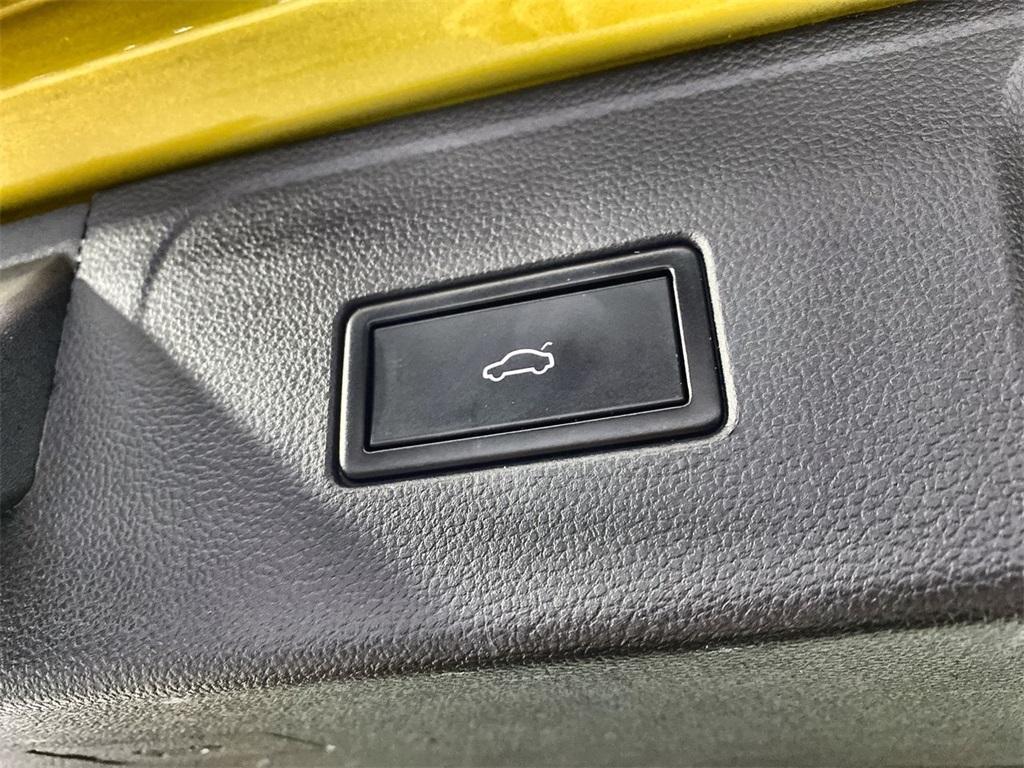 Used 2018 Volkswagen Atlas 3.6L V6 SE w/Technology for sale $31,444 at Gravity Autos Marietta in Marietta GA 30060 44