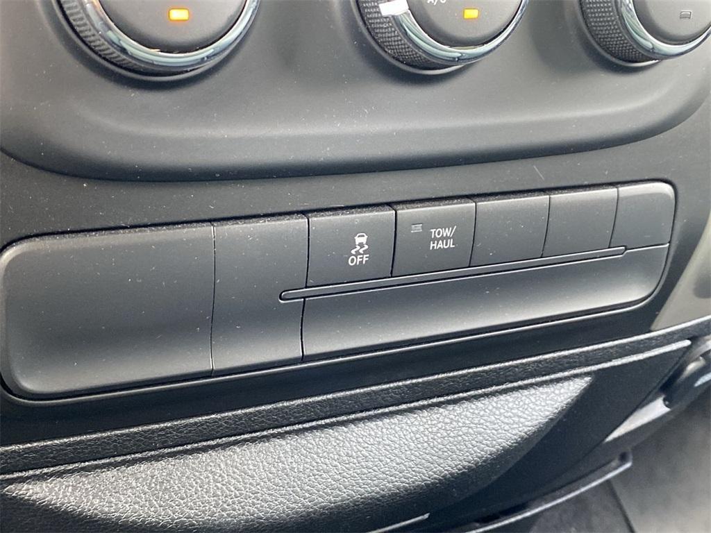 Used 2019 Ram 1500 Classic SLT for sale $39,999 at Gravity Autos Marietta in Marietta GA 30060 27