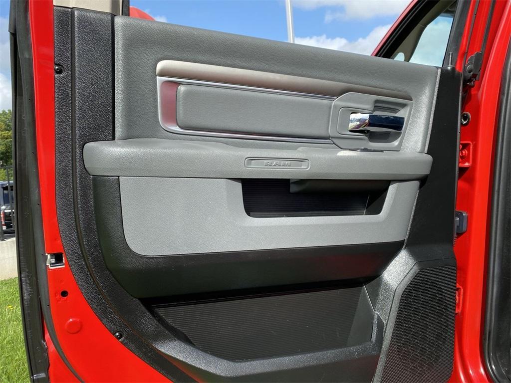Used 2019 Ram 1500 Classic SLT for sale $39,999 at Gravity Autos Marietta in Marietta GA 30060 41